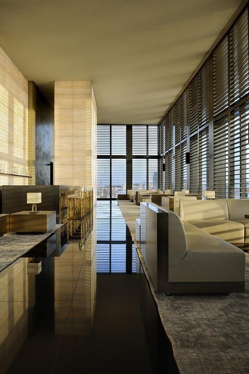 Armani hotel milano interior design decorating tips for Design hotel milano