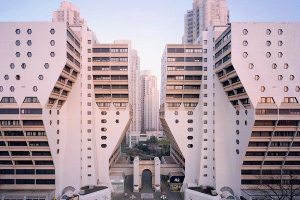 High Rises of Paris, urban planning in the 1980s | urban living ...
