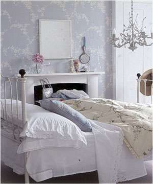 Charming Purple Lilac Shabby Chic Bedroom