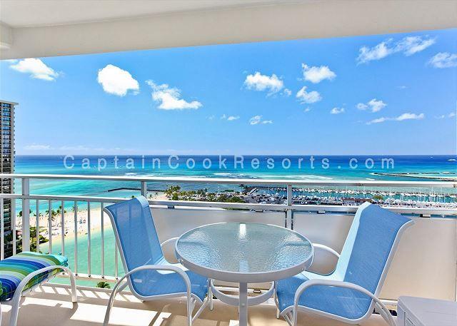 Ilikai 1944 Waikiki Vacation Rental At The Ilikai Hotel Suites Oahu Hawaii Large 2 Bedro Waikiki Vacation Rentals Beach Vacation Rentals Vacation Rental