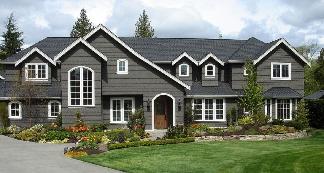 Vinyl Is One Of The Most Durable Types Of Siding Available Second Only To Stone Or Brick It Is Made To Withstand In 2020 Installing Siding Vinyl Siding House Styles