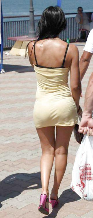 Can suggest candid voyeur pics skirt