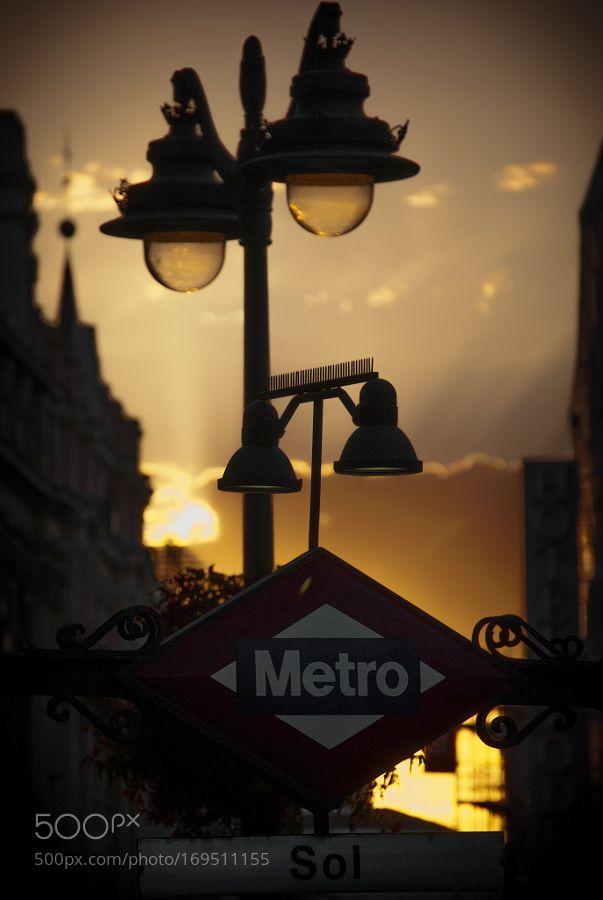 Puerta del Sol Underground Station by aljimenez91 #architecture #building #architexture #city #buildings #skyscraper #urban #design #minimal #cities #town #street #art #arts #architecturelovers #abstract #photooftheday #amazing #picoftheday