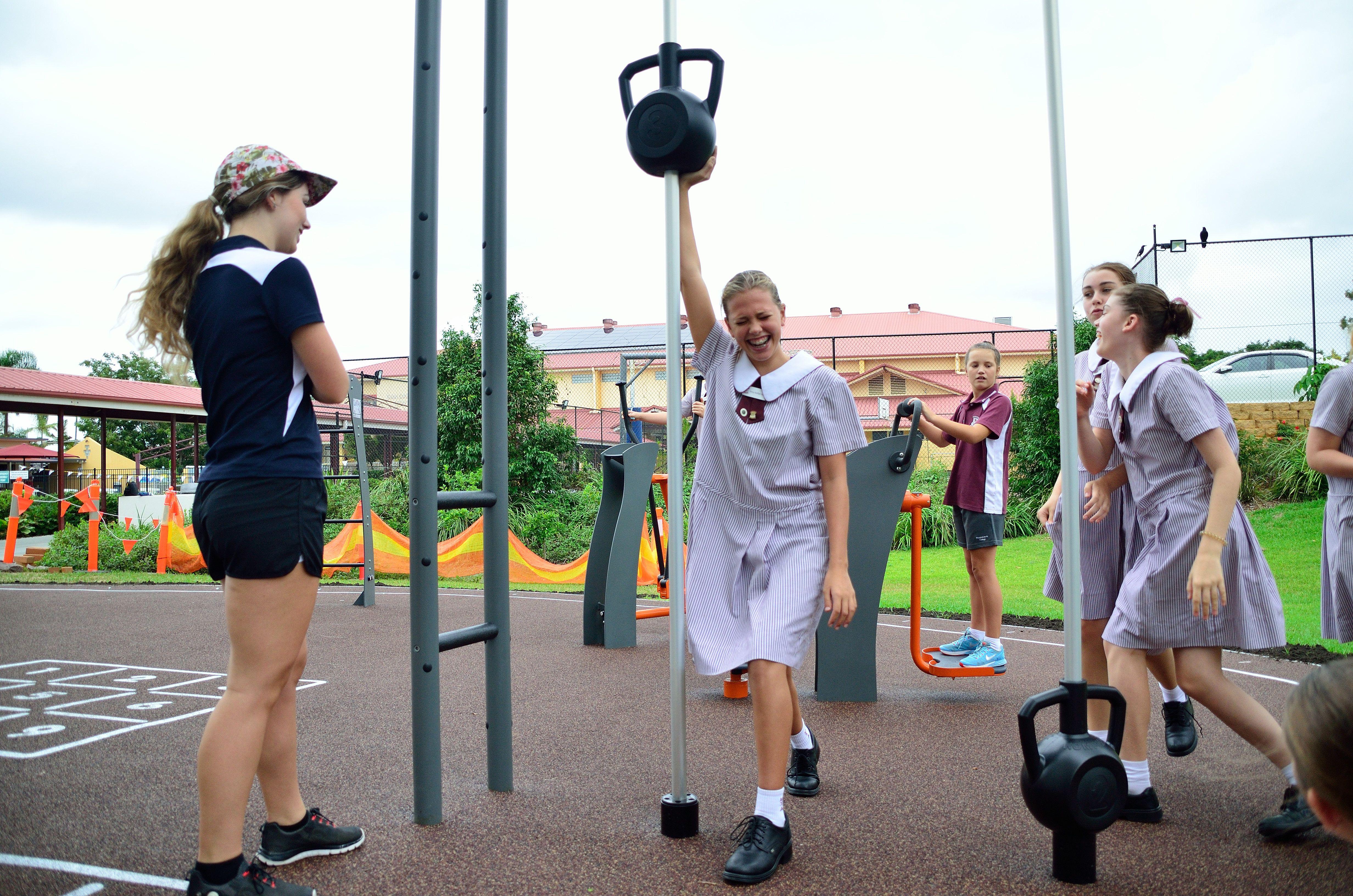 Urban Play Outdoor Fitness Equipment No Equipment Workout Outdoor Fitness Equipment Outdoor Workouts