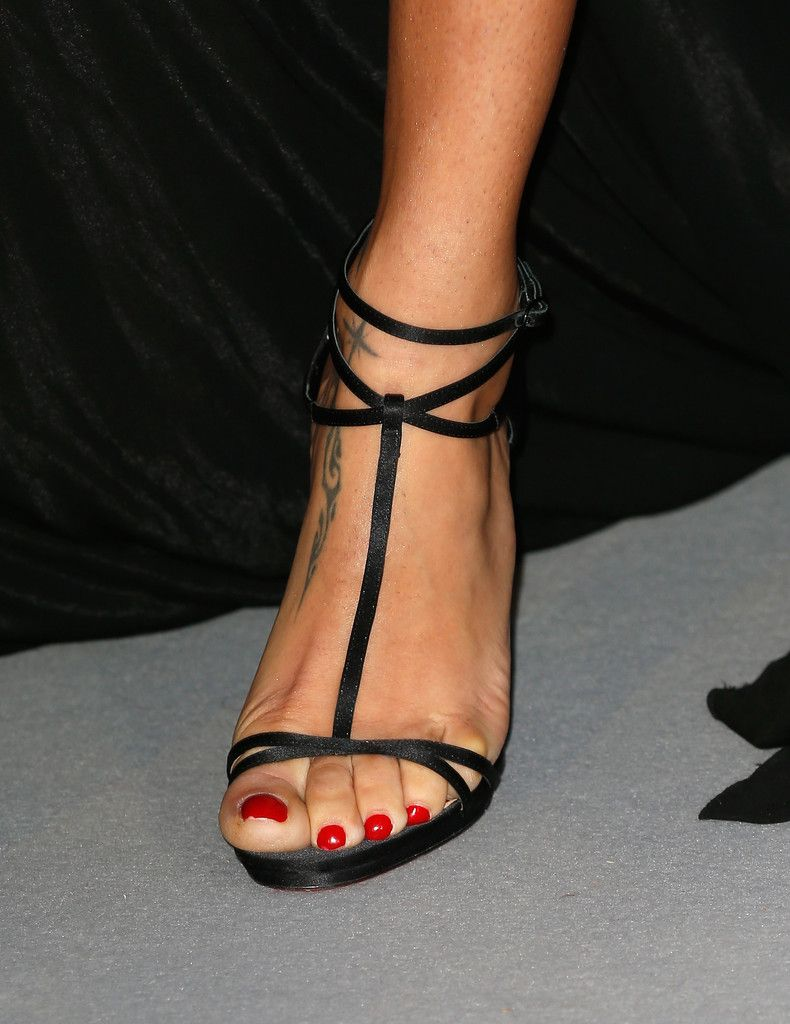 Feet adriana lima nudes (93 foto and video), Ass, Paparazzi, Feet, butt 2019