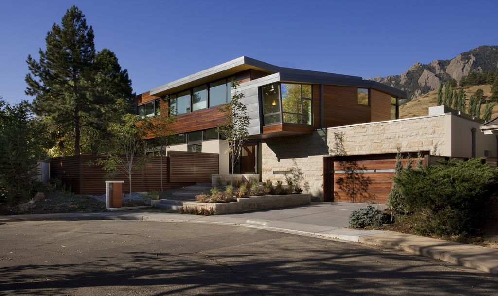 large modern homes | modern luxury mountain house contemporary ...