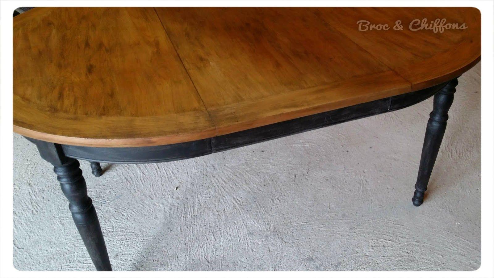 Pizap Com14258982933213 Jpg 1600 900 Table Repeinte Salle A Manger Merisier Mobilier De Salon
