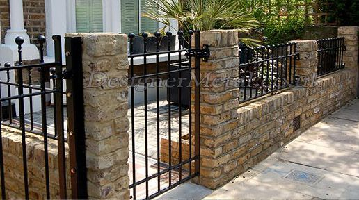 Iron Railings Wall In 2020 Wall Railing House Front