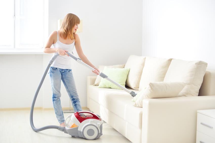 Quer manter sempre o seu sofá limpo? Então confira as nossas dicas :) #sofá #casa #limpeza