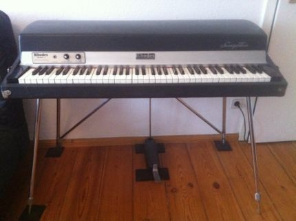 fender rhodes piano mark 1 73 vintage e piano keyboard in berlin friedrichshain. Black Bedroom Furniture Sets. Home Design Ideas