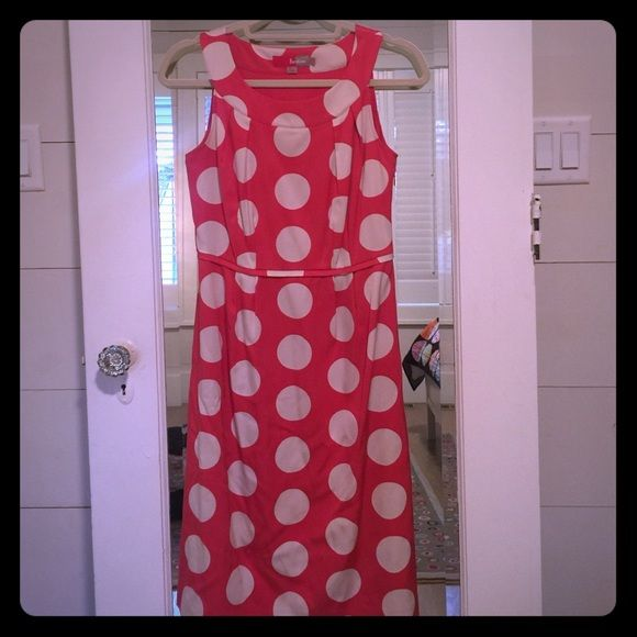Boden dress size 4 Boden size 4 pink coral polka dot sleeveless summer tea dress. Silk and Cotton fabric, fully lined, side zipper closure, round scoop sleeveless neckline. Worn once - in excellent condition. Boden Dresses Midi