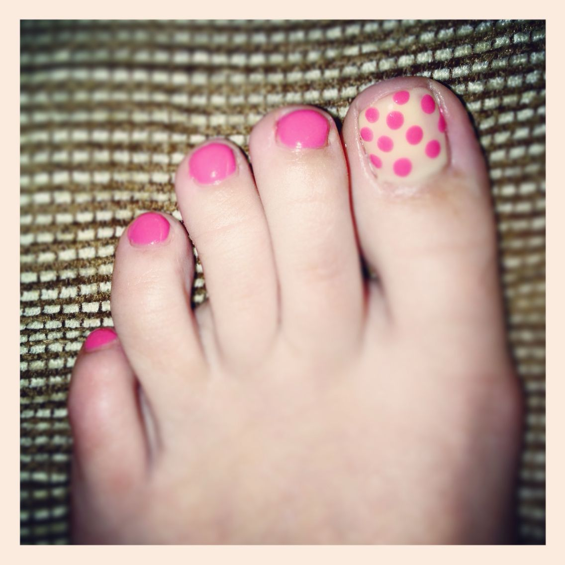 Toes need to be pretty too- cute deign using IBD polish and dotting tools.