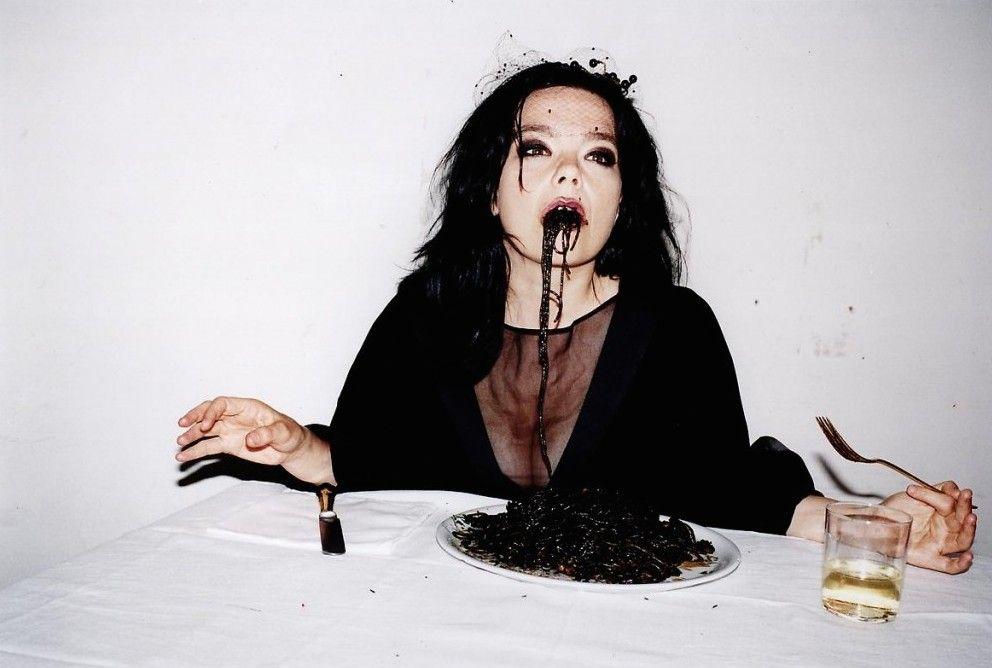 Juergen Teller, Björk Black Spaghetti, Venice, 2007