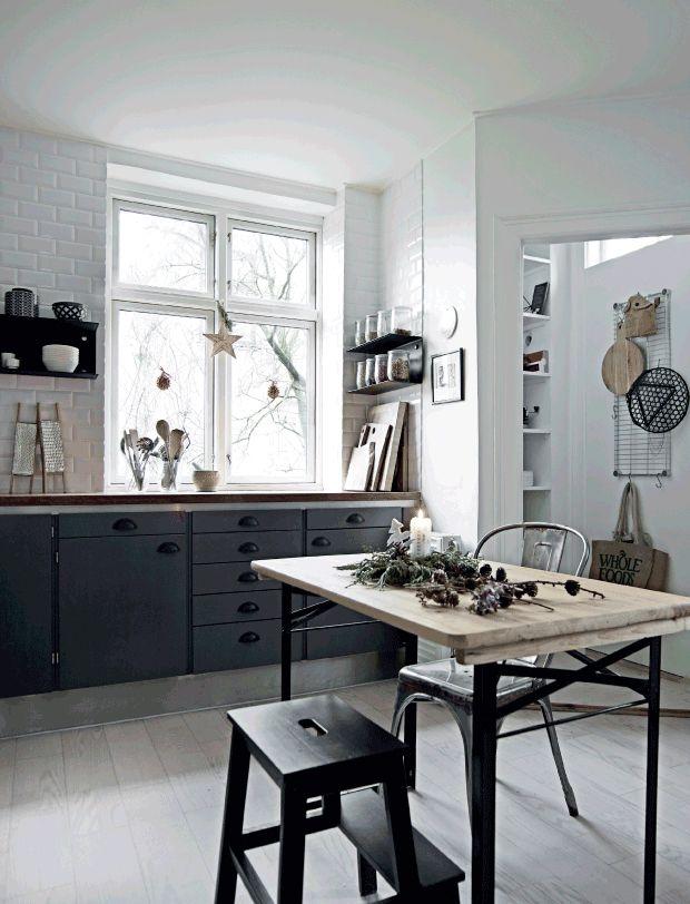 Déco de Noël scandinave minimaliste | Kitchen | Deco, Maison style ...