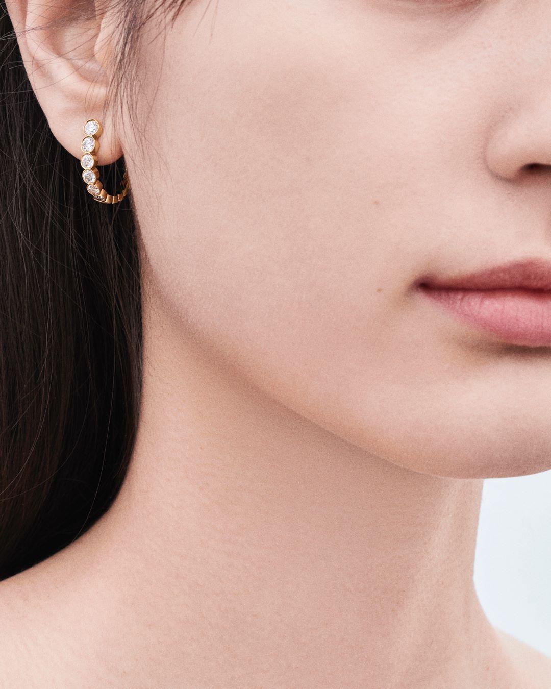 "Photo of Sophie Bille Brahe on Instagram: ""Boucle Ensemble earring available at www.sophiebillebrahe.com"""