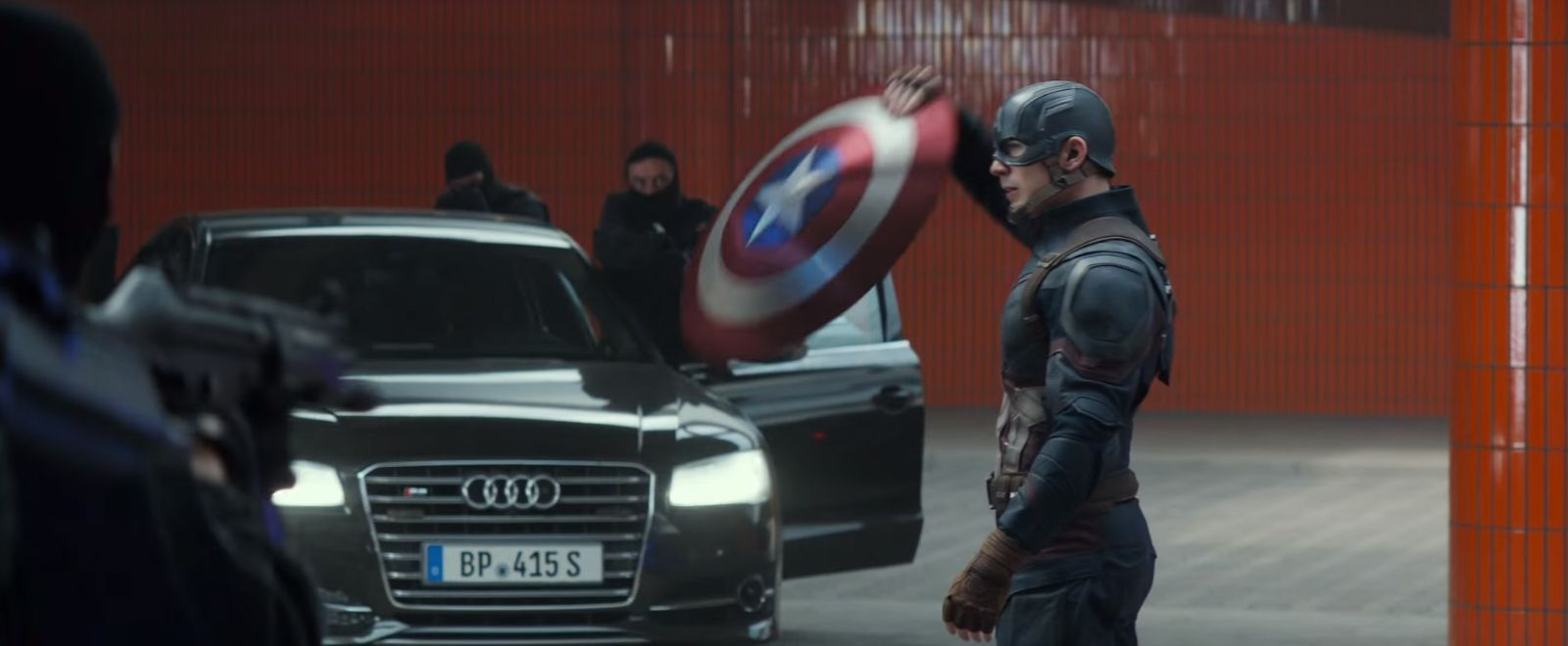 Black Audi S8 In Captain America Civil War 2016