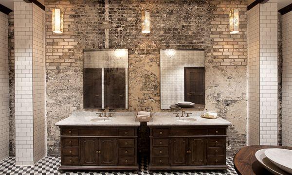 The Oxford Exchange Bathroom