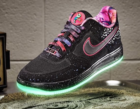 cheap for discount 47c08 24eb6 Nike Lunar Force 1 Area 72