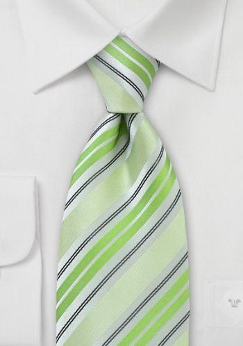 Herrenkrawatte Streifenmuster blassgrün