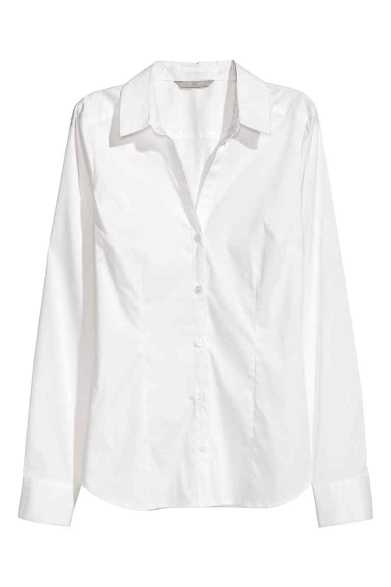 3fb57e6b135f9 Chemise à encolure en V | Get in my closet | Shirts, White button ...