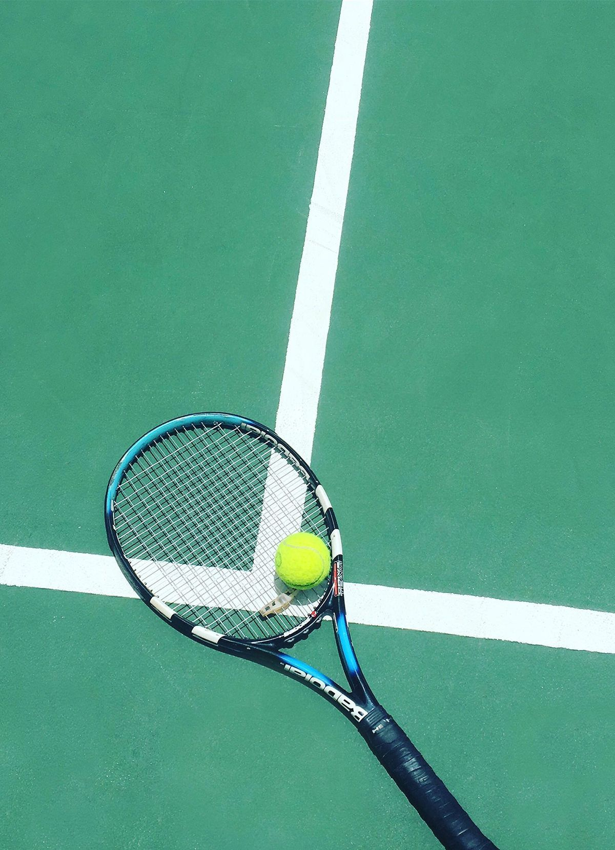 12 Perfect Picks For The Tennis Court In 2020 Tennis Rules Tennis Pictures Tennis Racket