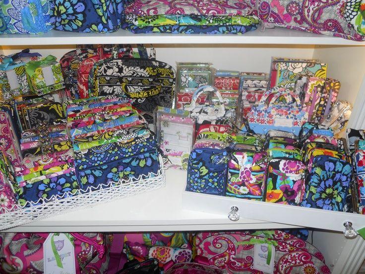 Vera Bradley stores | Vera Bradley!