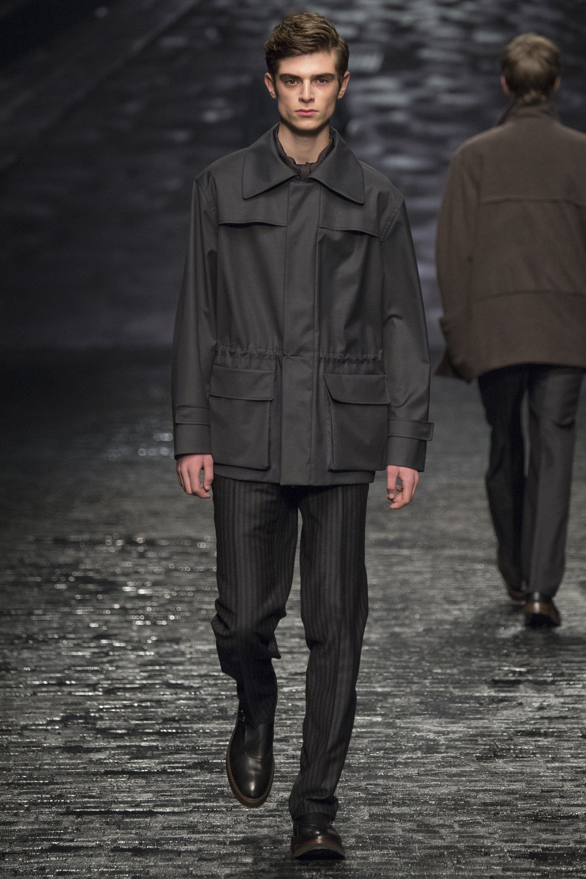 Corneliani Fall 2016 Menswear Fashion Show