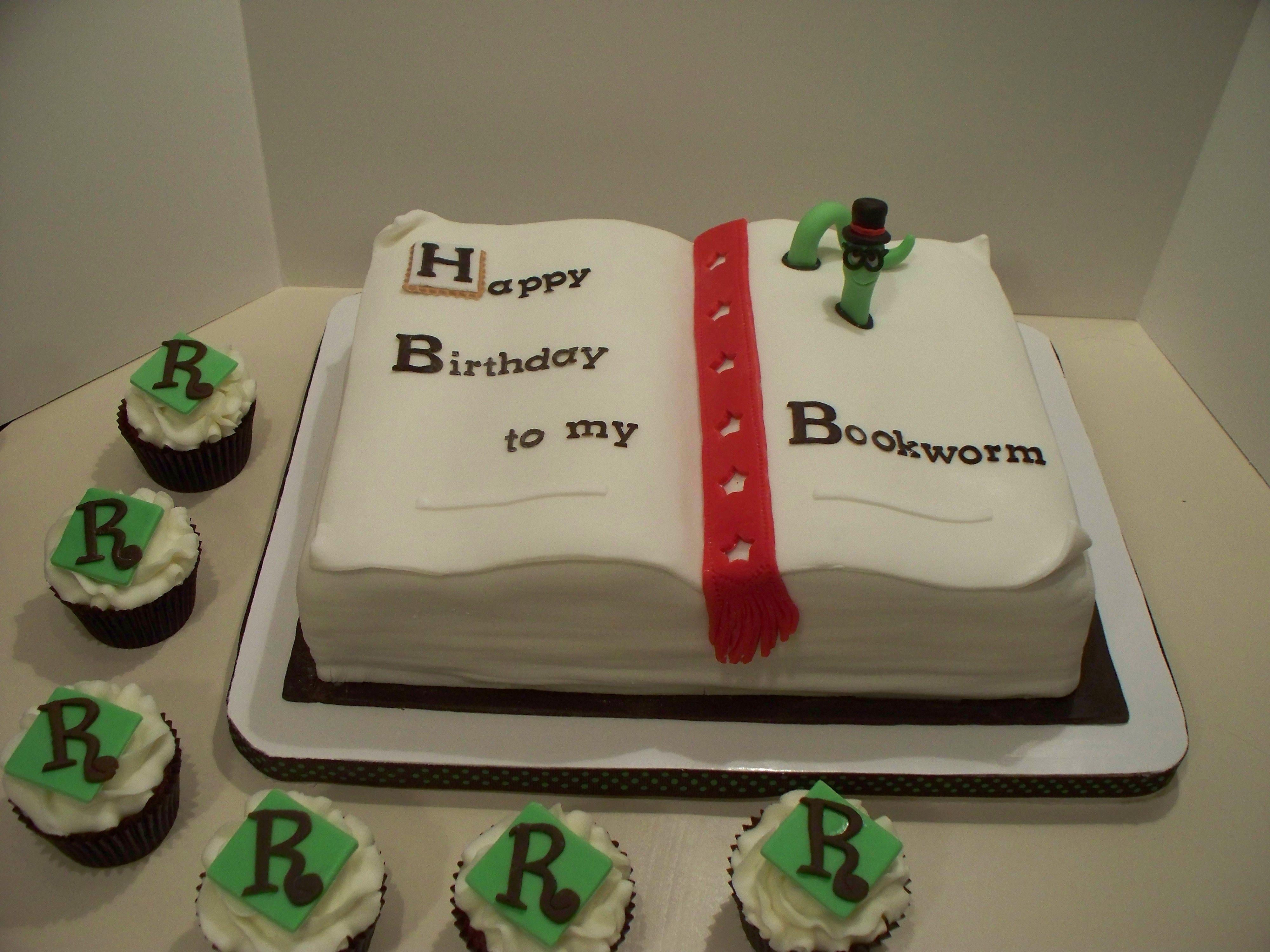 Birthday Bookworm Cake Birthday Cakes Cake Vanilla Cake Birthday