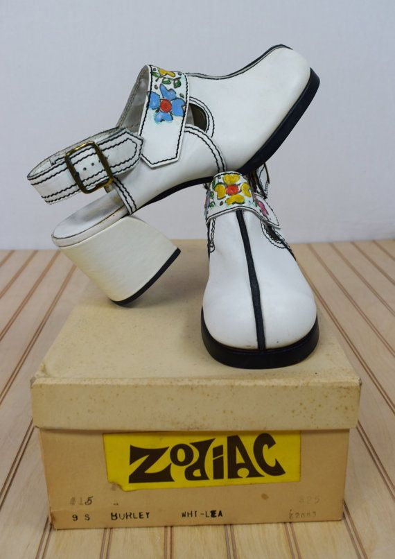 0bb6cb764ffb2 Nos Vintage 1960's 70's ZODIAC Painted FLoWeR Go Go White Leather ...