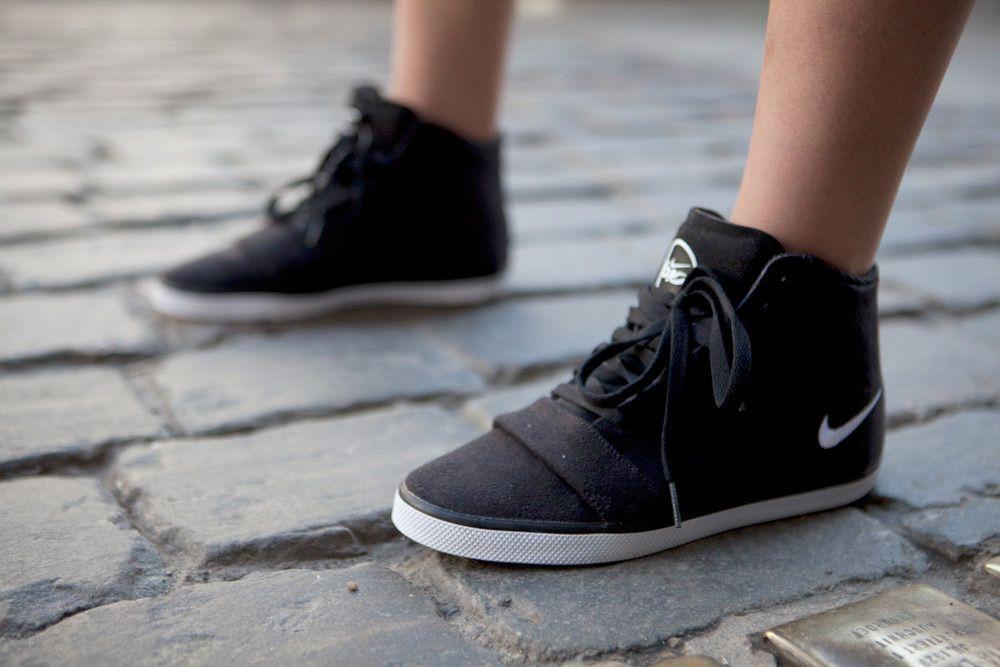 faf5555d897 ... FOUND IN BERLIN SHOP THE LOOK Nike 6.0 Balsa Mid Lite Women s Shoe ...