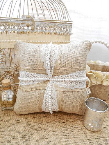 DIY Ring Bearer Pillow | Ringkissen, Hochzeitsdeko und Kissenbezüge