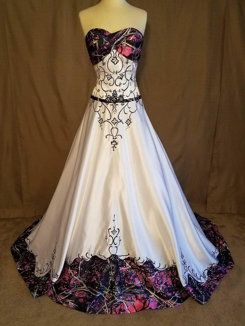 Brides Camo wedding dresses, Muddy girl camo wedding