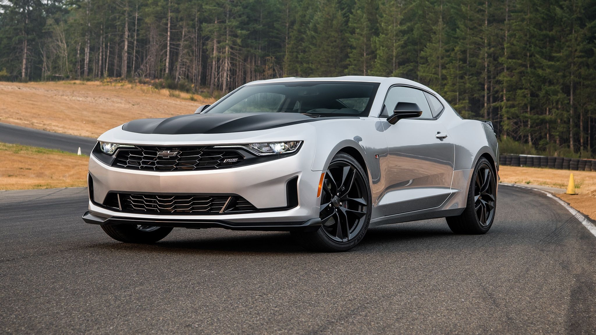 2019 Chevrolet Camaro Turbo 1le First Drive Point Me To The Corners Chevrolet Camaro Chevrolet 2019 Camaro