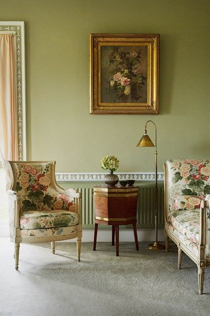 Room Drawing With Chintz Furniture In Living Design Ideas Traditional Country