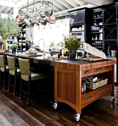 Kitchen Trolley Interior: Crushing On: Black Kitchen Cabinets