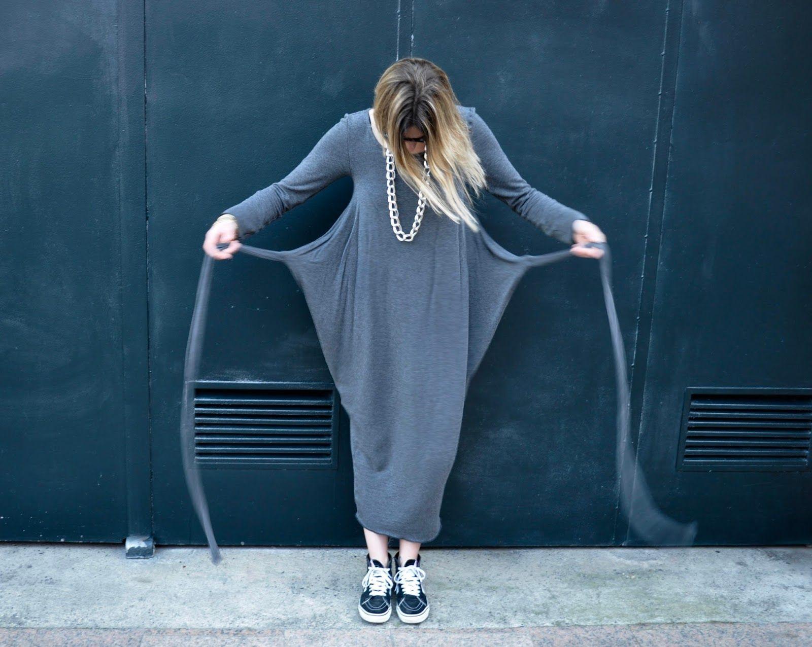 Challenge du jour : S'enrouler dans une Kielo Wrap Dress En