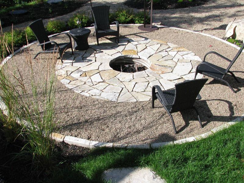 Place de feu am nagement paysager qu bec les jardins for Petit pave exterieur