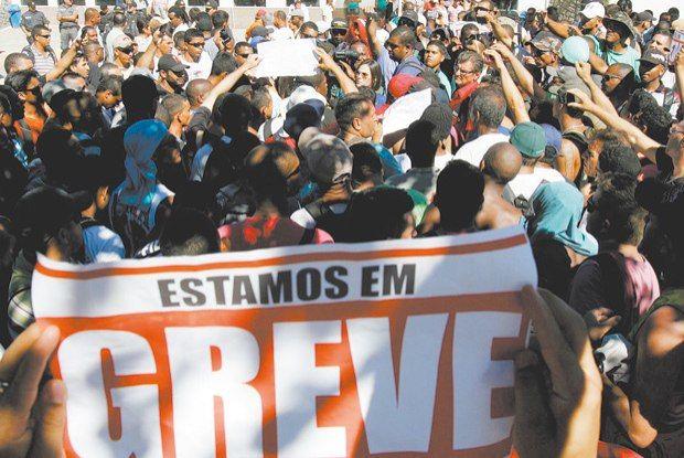 2014.03.22 Novos movimentos trabalhistas reduzem poder dos sindicatos. Compartilhe, se ajudar :)