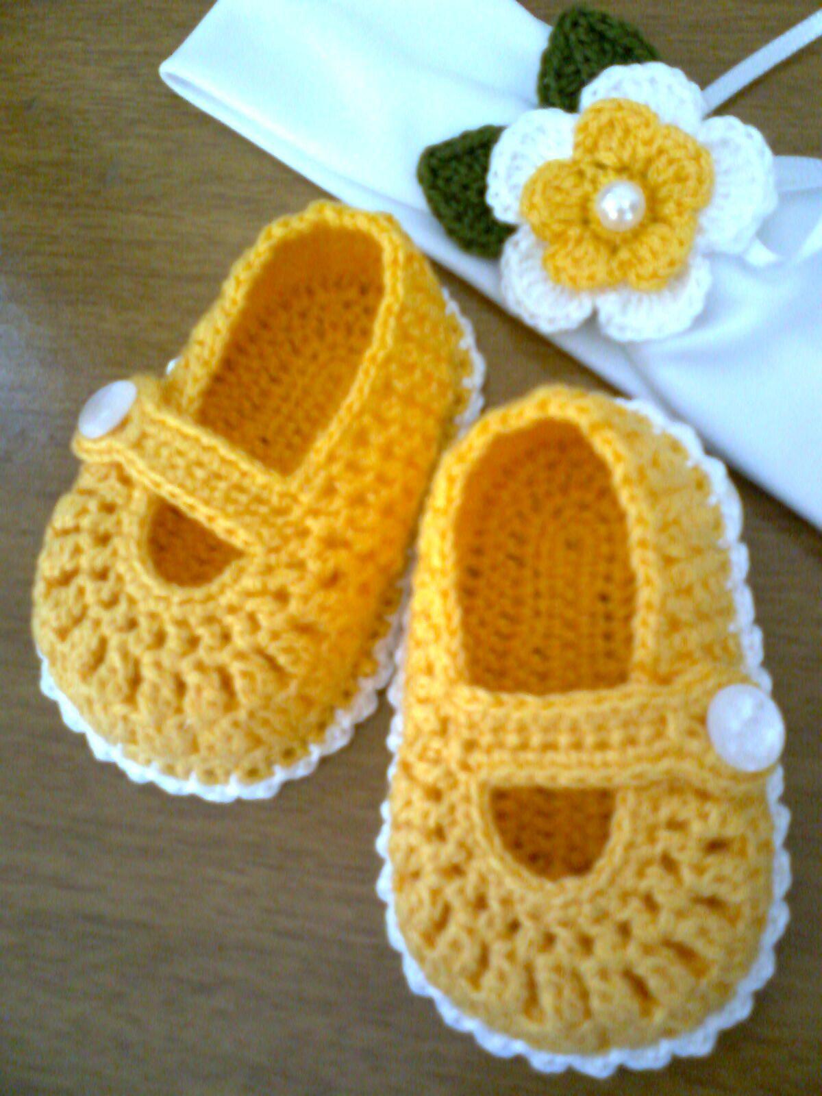 tiaras de croche para bebe - Pesquisa Google ♡                                                                                                                                                     Más