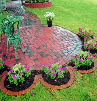 - it keeps the weeds down and provides planing areas while still looking nice.