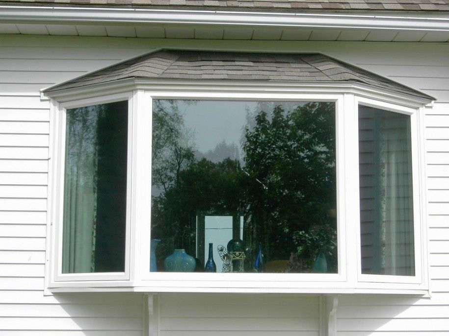 Exciting Bay Windows Exterior Decorating Ideas Fabulous Bay Windows Using White Frames And White Ceilin Bay Window Exterior Bow Window Bay Window Installation