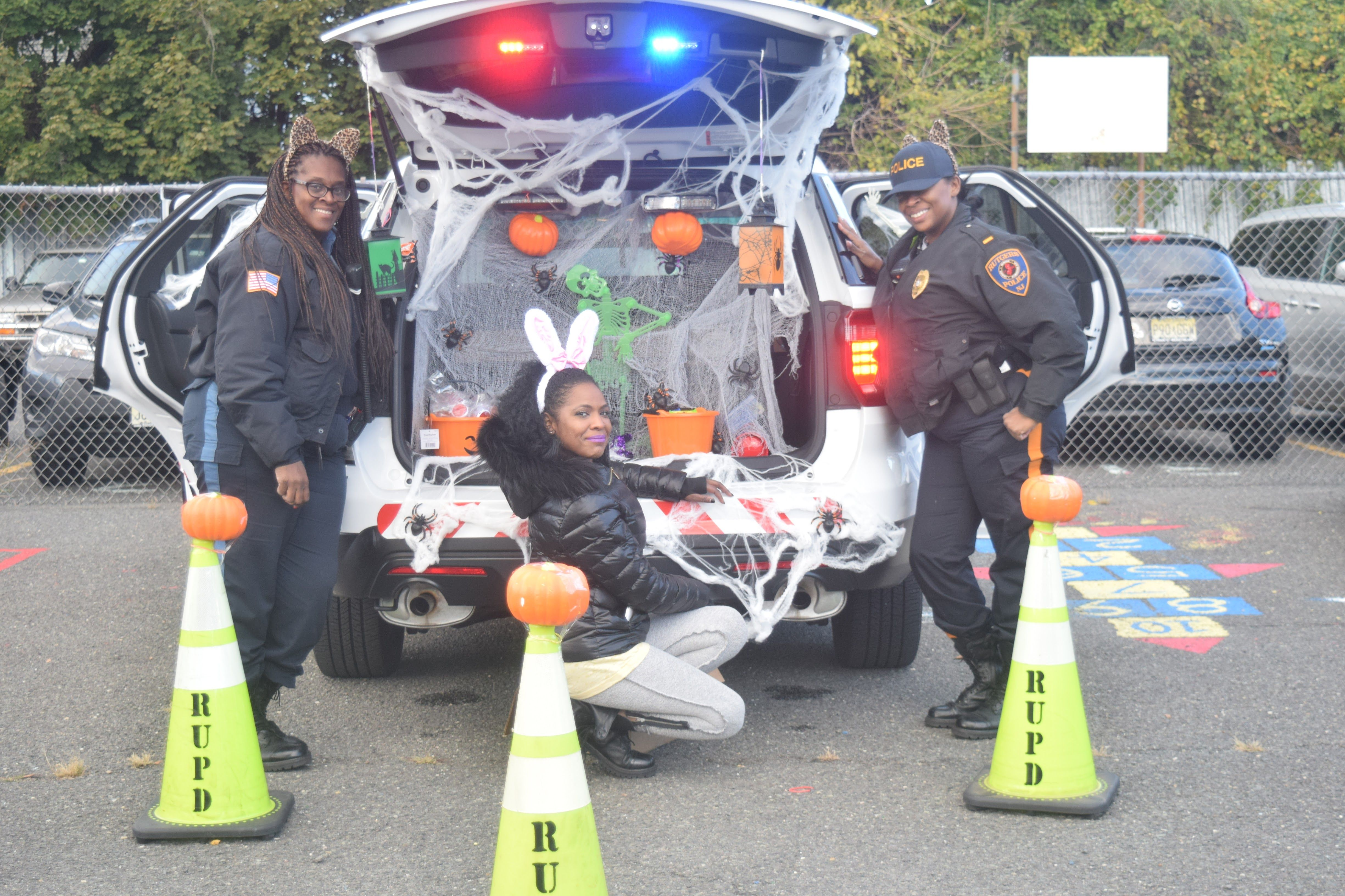 Trunk Or Treat Rutgers University Police Department Newark Hosted Trunk Or Treat At The Cclc Daycare Center Trunk Or Treat Happy Halloween Fall Festival