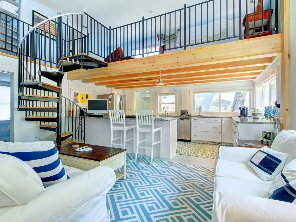 Brilliant House Vacation Rental In South Portland From Vrbo Com Home Interior And Landscaping Palasignezvosmurscom