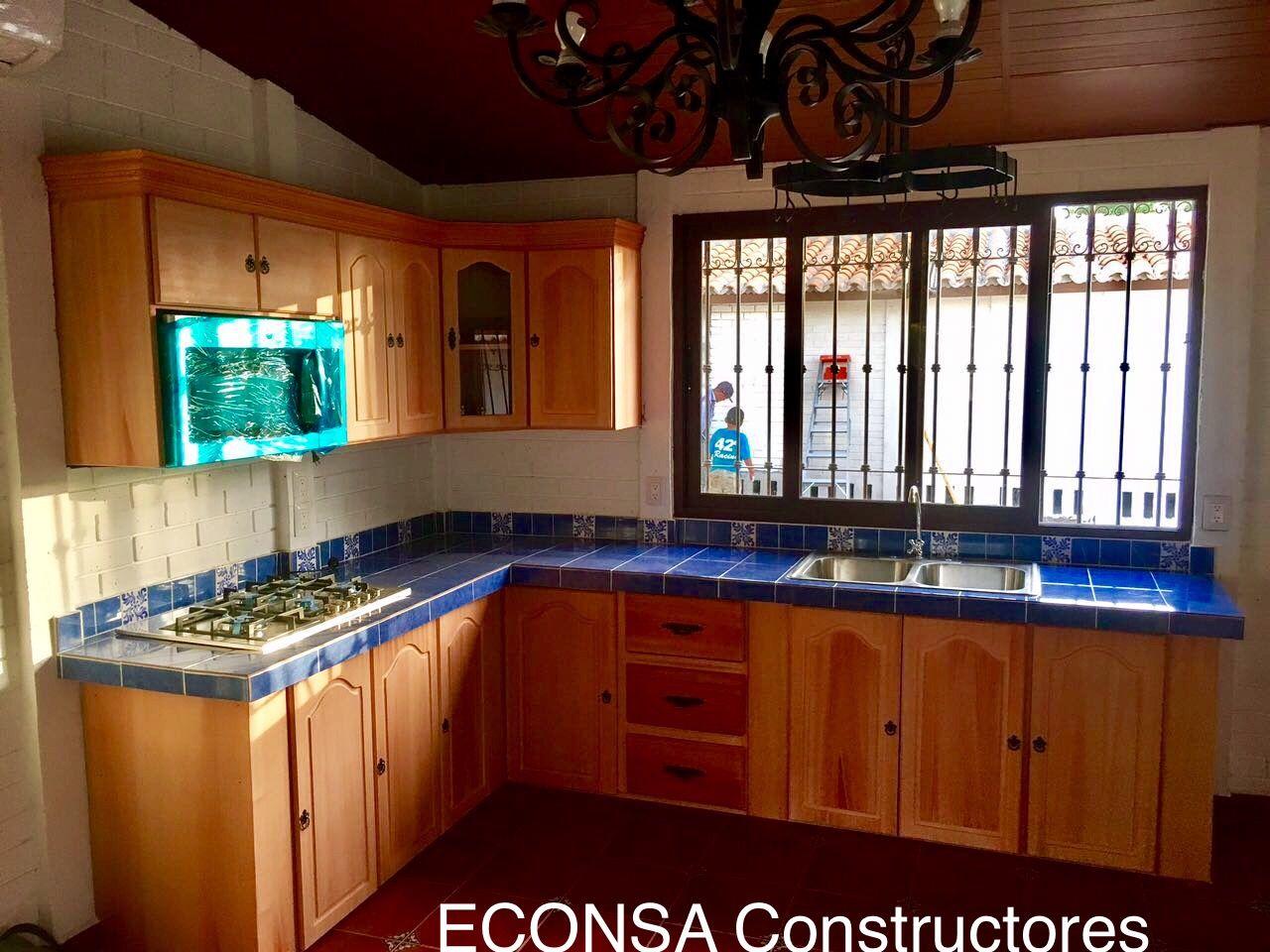 Cocina Rustica Azul Madera Concreto Y Talavera Cocinas Madera