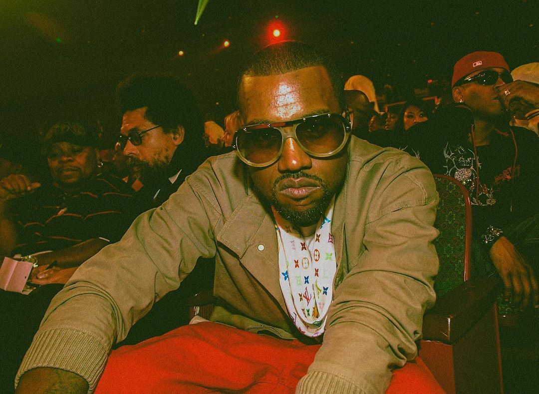 Strapped Archives S Instagram Photo Kanye West Photographed By Frank Mullon While Attending The 2007 Bet Hip Hop Aw In 2020 Hip Hop Awards Bet Hip Hop Awards Hip Hop