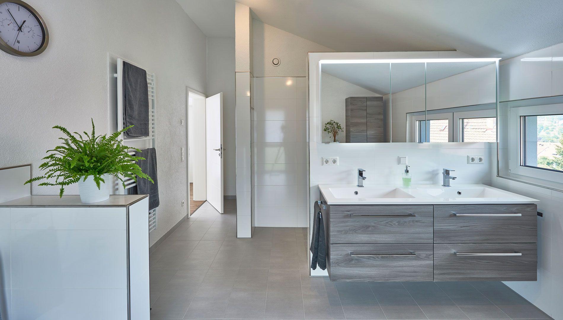 Badezimmer Dusche Doppelwaschtisch Unterschrank