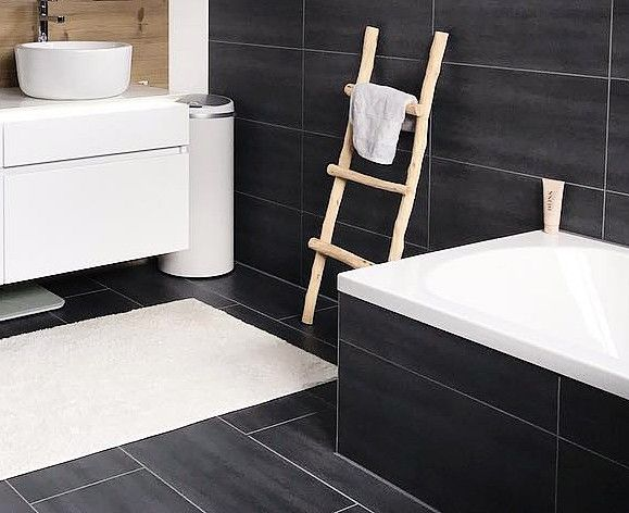 Handdoekrek Voor Badkamer : Houten ladder als decoratie. handdoekrek voor in de badkamer. www