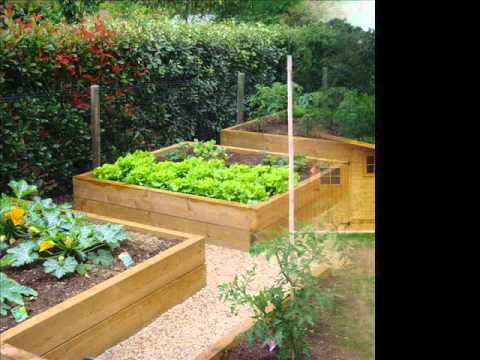 Amenagement d 39 un potager sureleve home pinterest carr de potager for Idee carre potager