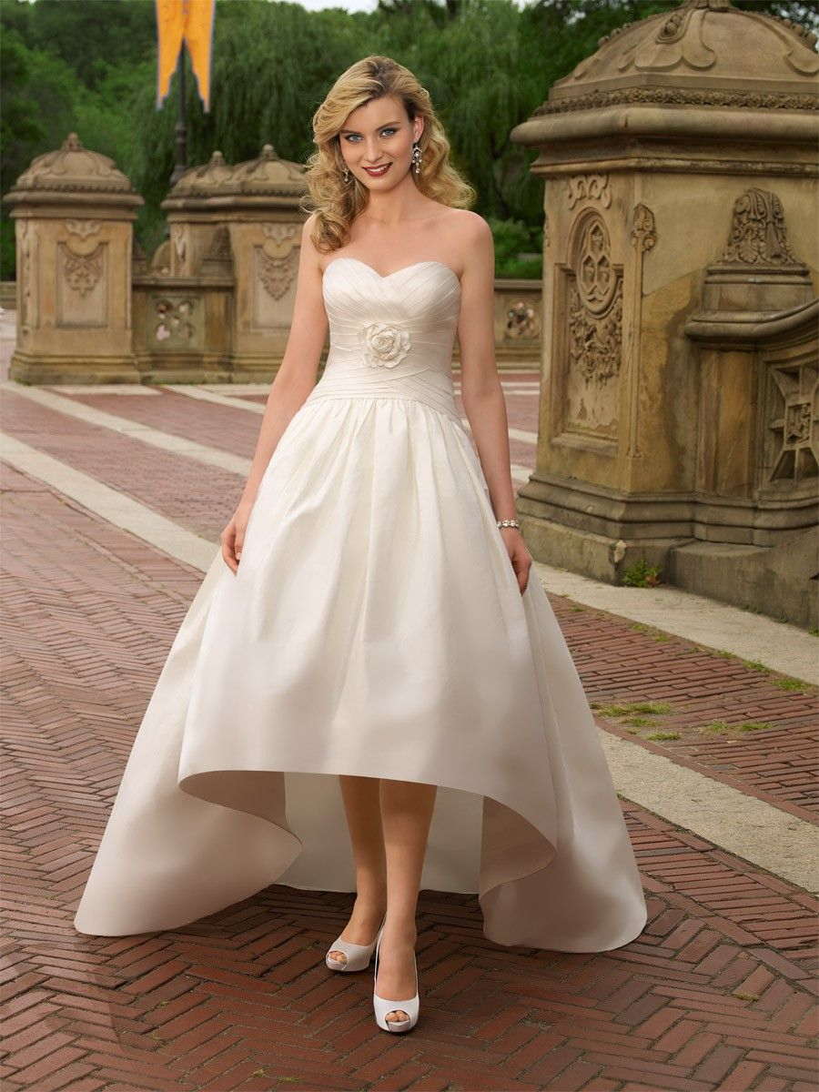 Garden Wedding Dresses Outdoor wedding dress Rustic outdoor and
