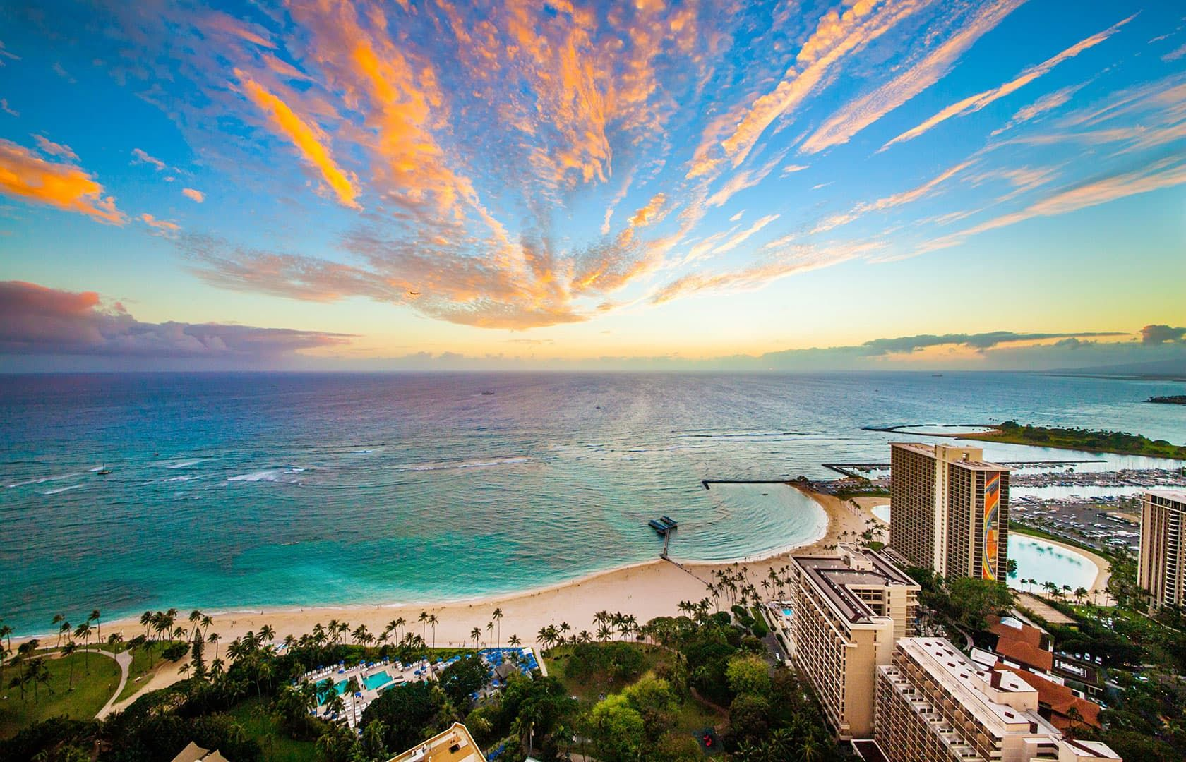 Hilton Hawaiian Village Waikiki Beach Resort Honolulu Hotels